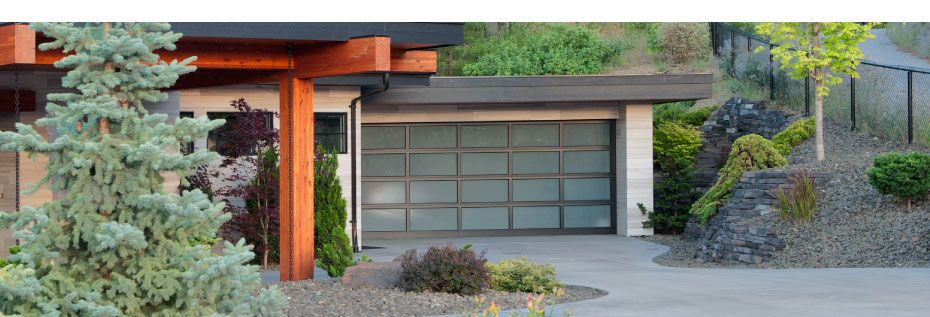 Esteem series garage door